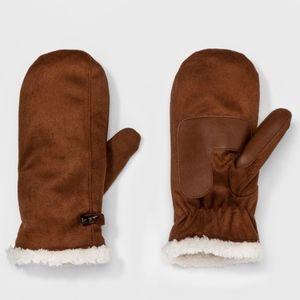 NWT Isotoner mitten gloves